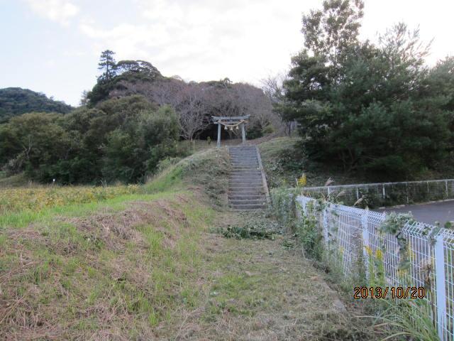 天神公園入り口、草刈り後