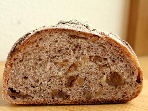 13.02.25ハチラボのパン