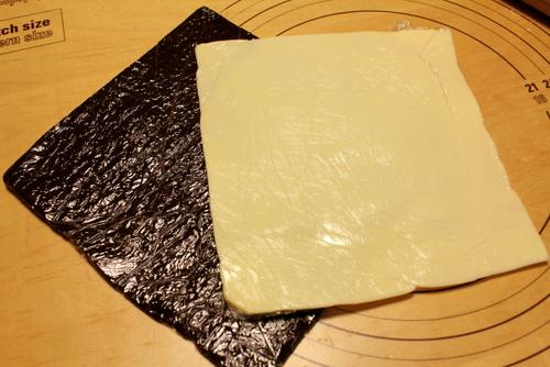 13.03.01デニッシュチョコパン_シート&バター