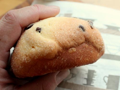 13.03.12チョコチップメロンパン_はみパン