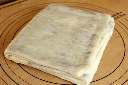 13.03.30コーヒーデニッシュ食パン_ロールイン2回