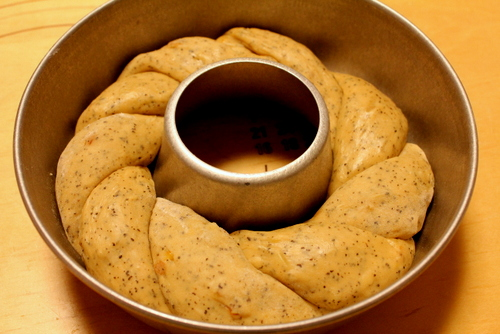 13.03.26オレンジ紅茶のリングパン_成形