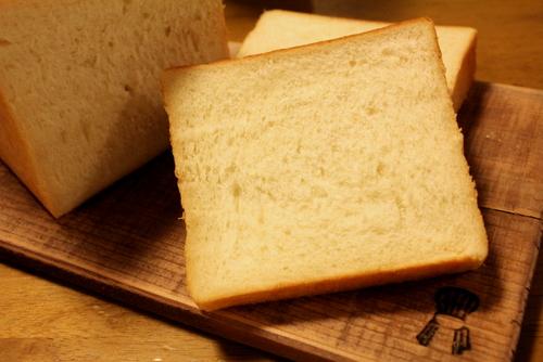 13.05.07湯種食パン_クラム