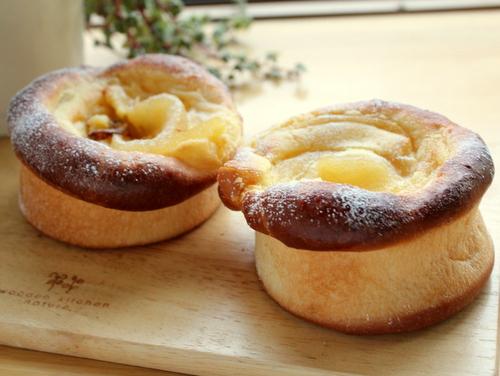 13.05.12アップルチーズケーキパン_キノコ?