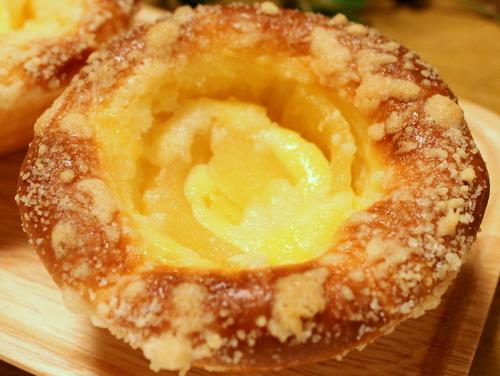 13.05.27アップルチーズケーキパン_アップ