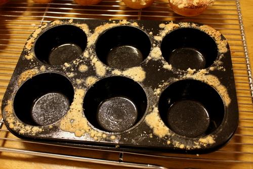 13.05.27アップルチーズケーキパン_マフィン型