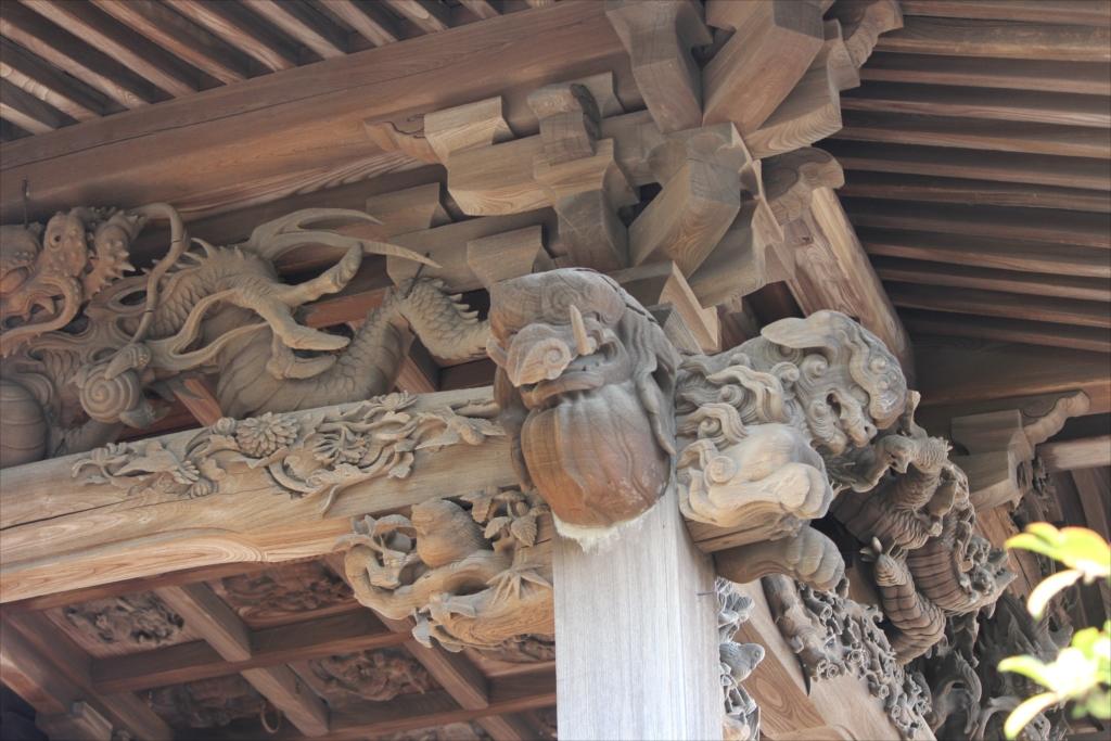 社殿の見事な彫刻_2_3