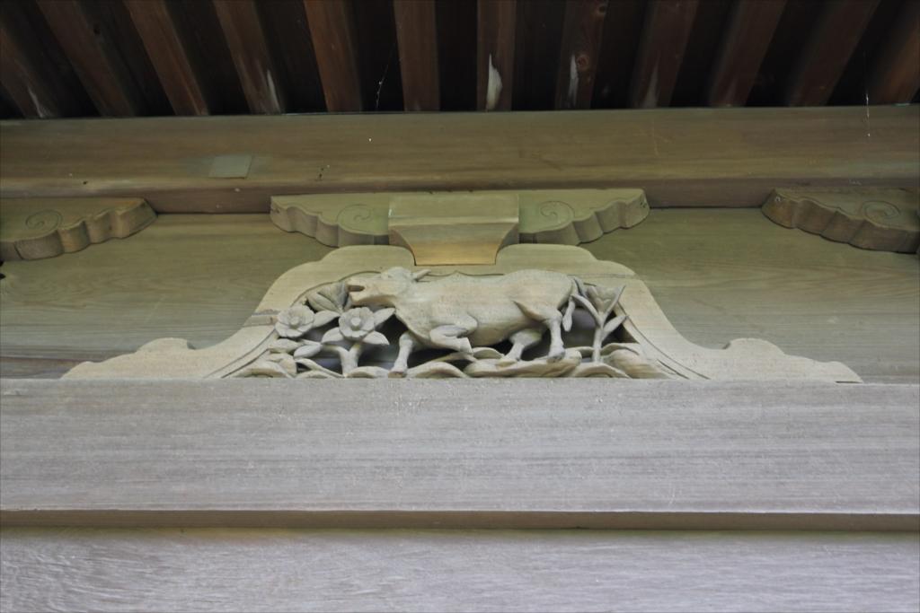 蟇股の彫刻_2