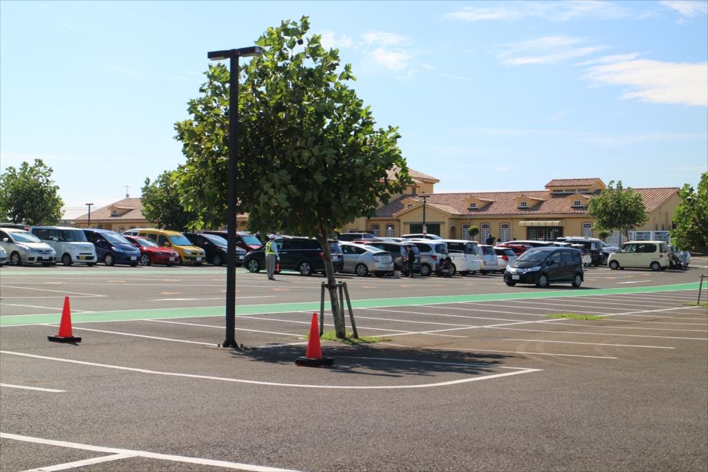 漸く駐車場が見えてきた_1