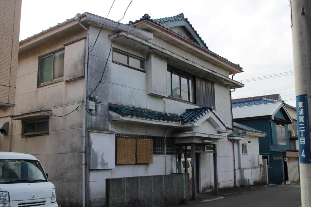 跡地に建つ上原家の家屋