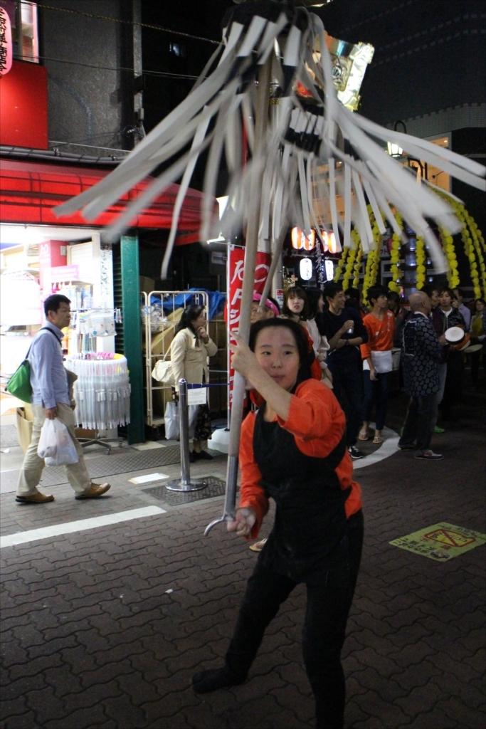 駅前商店街での様子…EOS M2 + EM18-55を使用_2_22