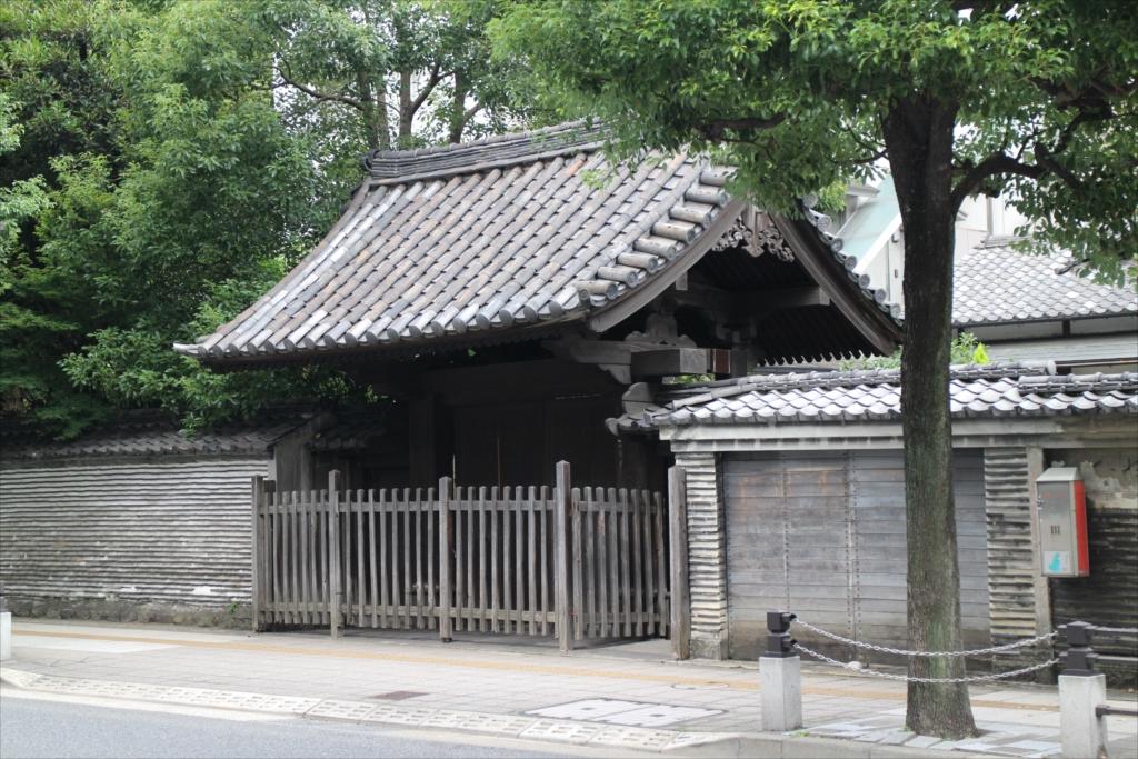 廣度院表門および練塀