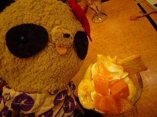 ビックボーイでマンゴーパフェ