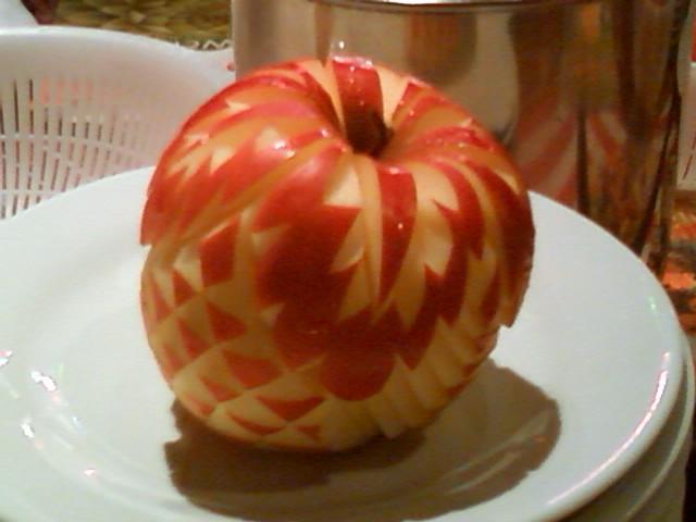 フルーツ・カービング①リンゴ