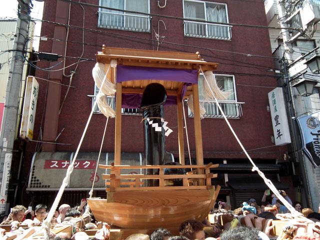 金山神社の神輿
