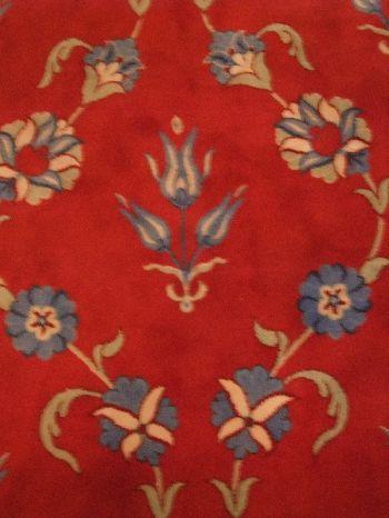ラーレ絨毯