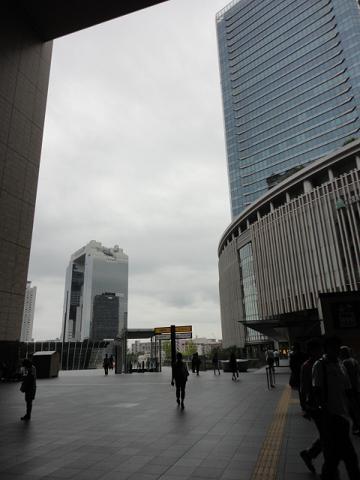 大阪梅田スカイビルとグランフロント