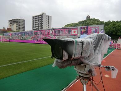 テレビカメラ  390