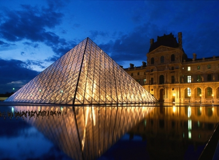Louvre+Paris2.jpg