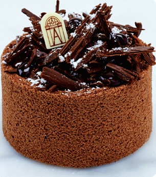 charlotte-aux-3-chocolats.jpg