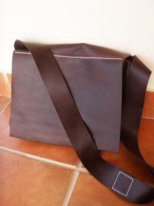 tas-natural-besar.jpg