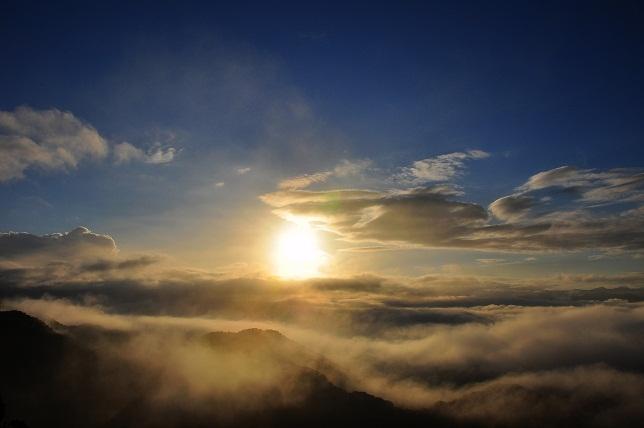 神々しい日の出(2)