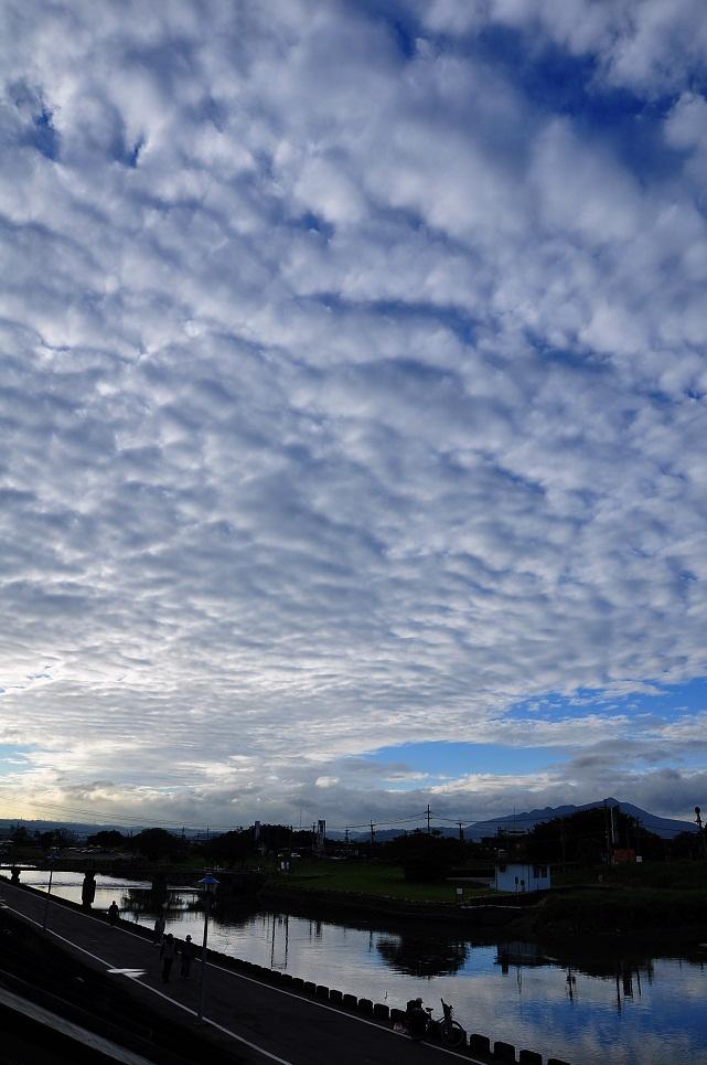 綿々と続く黄昏雲(1)