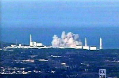 tepco-pix-hydrogen-explosion-3-15-11.jpg