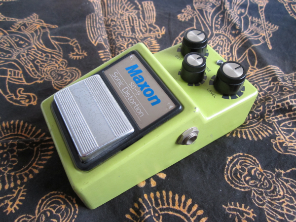 maxon sonic distortion sd-9 00