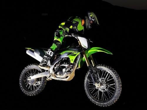 Kawasaki_KX450F-Monster-Energy_2010_7.jpg