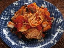 茄子とシーフードのトマトソーススパゲティー