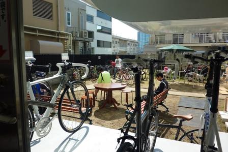 blog_なるしまの自転車置き場250410
