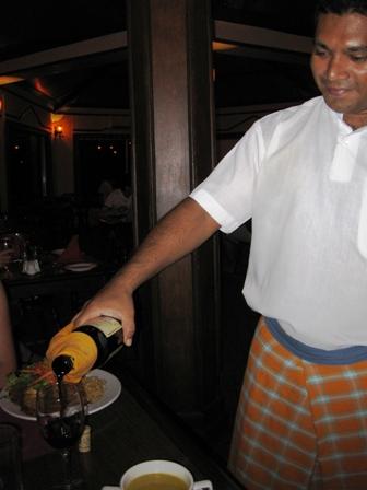 blog_リピーター特典のワイン020510