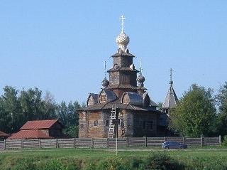 スズダリ木造教会