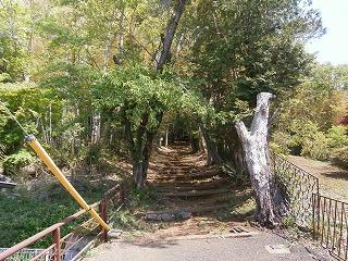 神明社入口