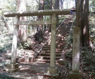 須賀神社奥鳥居