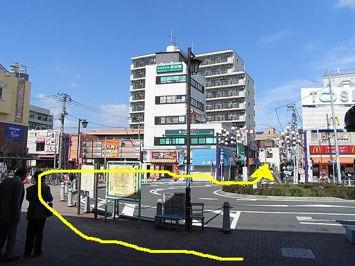 中山駅ロータリー2