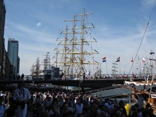 12 sail 2010