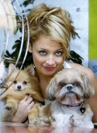 Celebrity_Pets_019nicolerichie.jpg