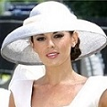 white-victoria-beckham-dress-white-hat_400_20130915124602840.jpg