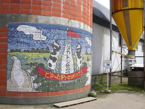 サイロの壁画