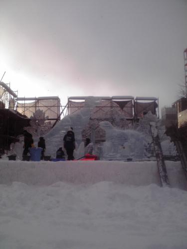 氷土会 氷彫刻?