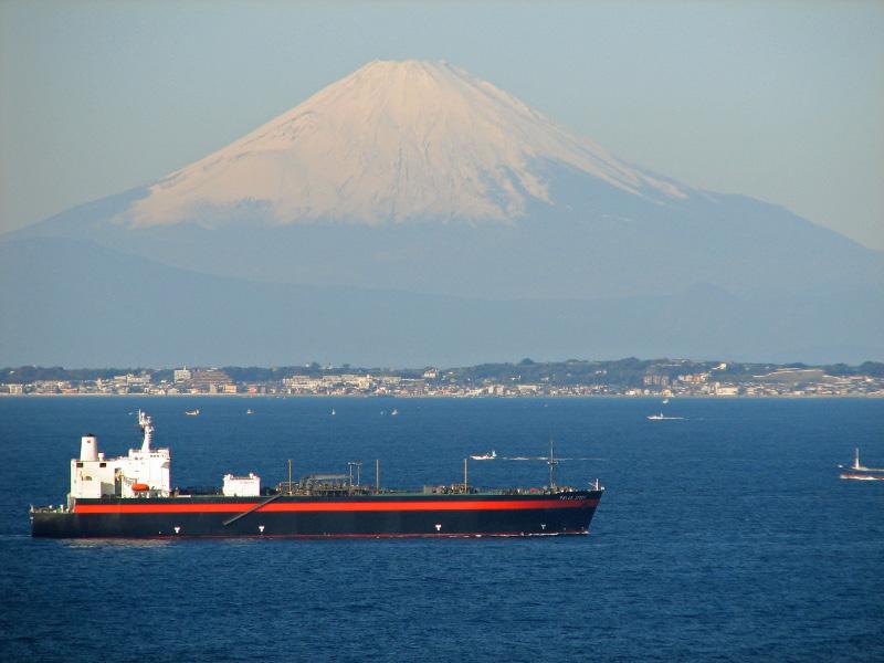 東京湾越しの富士山