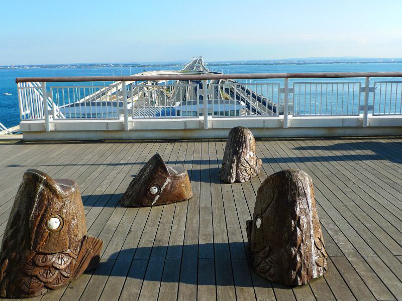 海ほたるのベンチ