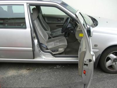 ドア内貼り実車