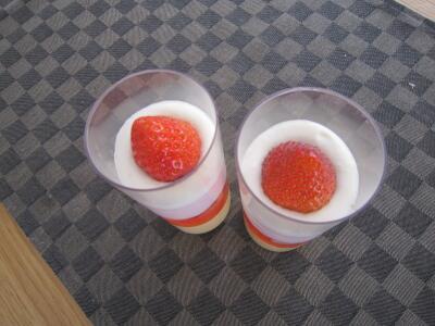 苺ムースゼリー