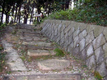 まさに横道にそれる:観音正寺