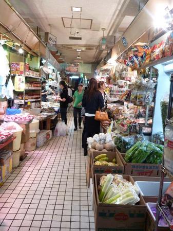 20100506-ameyoko01.jpg