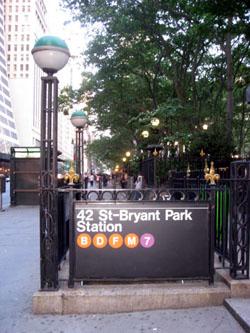 Bryant Parkから地下鉄に乗って
