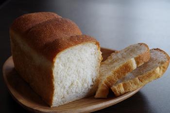 3_10食パン2